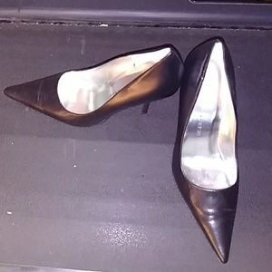 Size 12 but because of slim width will fit 11